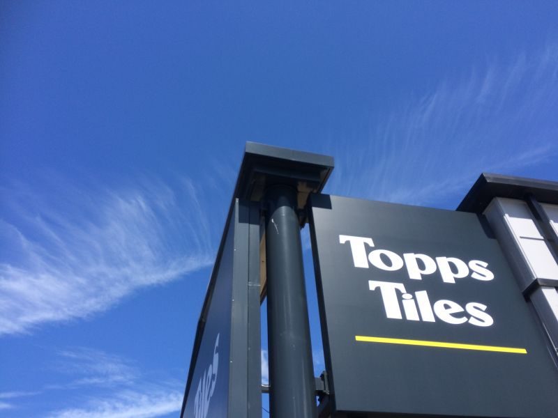Topps Tiles - Roof and Soffits Installation & Sage Roofing :: Topps Tiles - Roof and Soffits Installation memphite.com